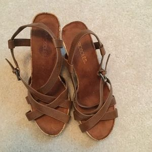 Aerosoles Size 8 Tan wedges
